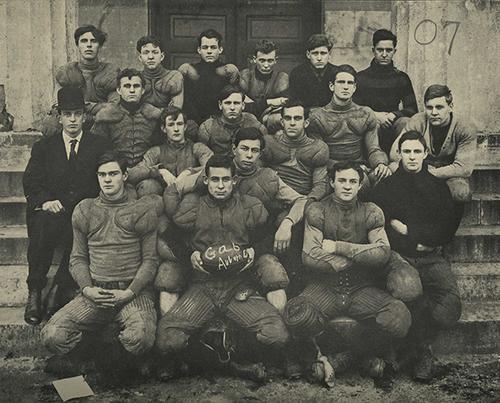 1907_team_photo_omeka.jpg